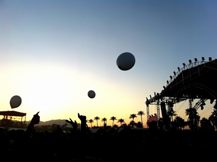 Coachella J - sunset at main stage
