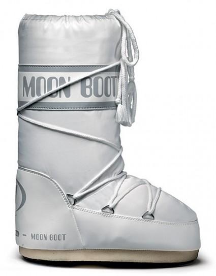 Apres-ski boots